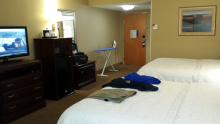 20161115_205828-hampton-inn-room